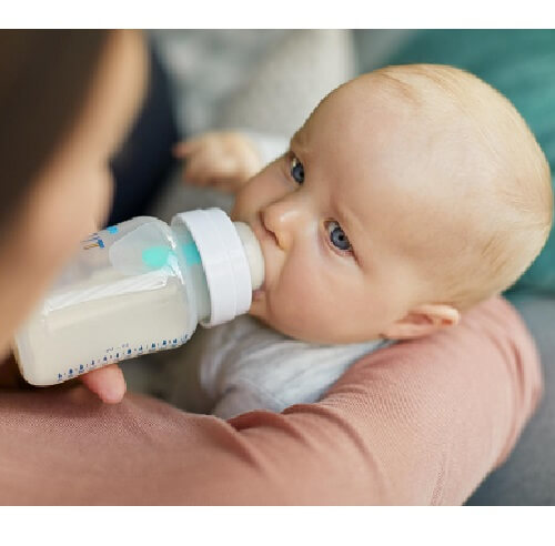 تغذیه نوزاد با شیرخشک